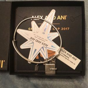 Alex and Ani 2017 graduation cap bracelet